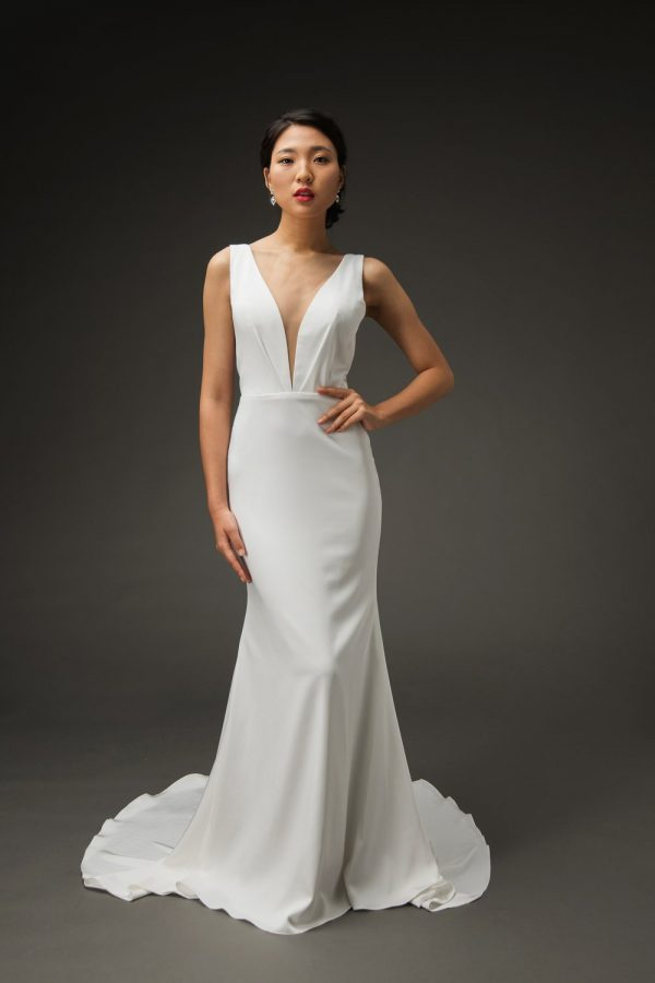 classic simple V wedding dress, crepe white gowns
