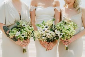 white wedding florals classic wedding inspiration